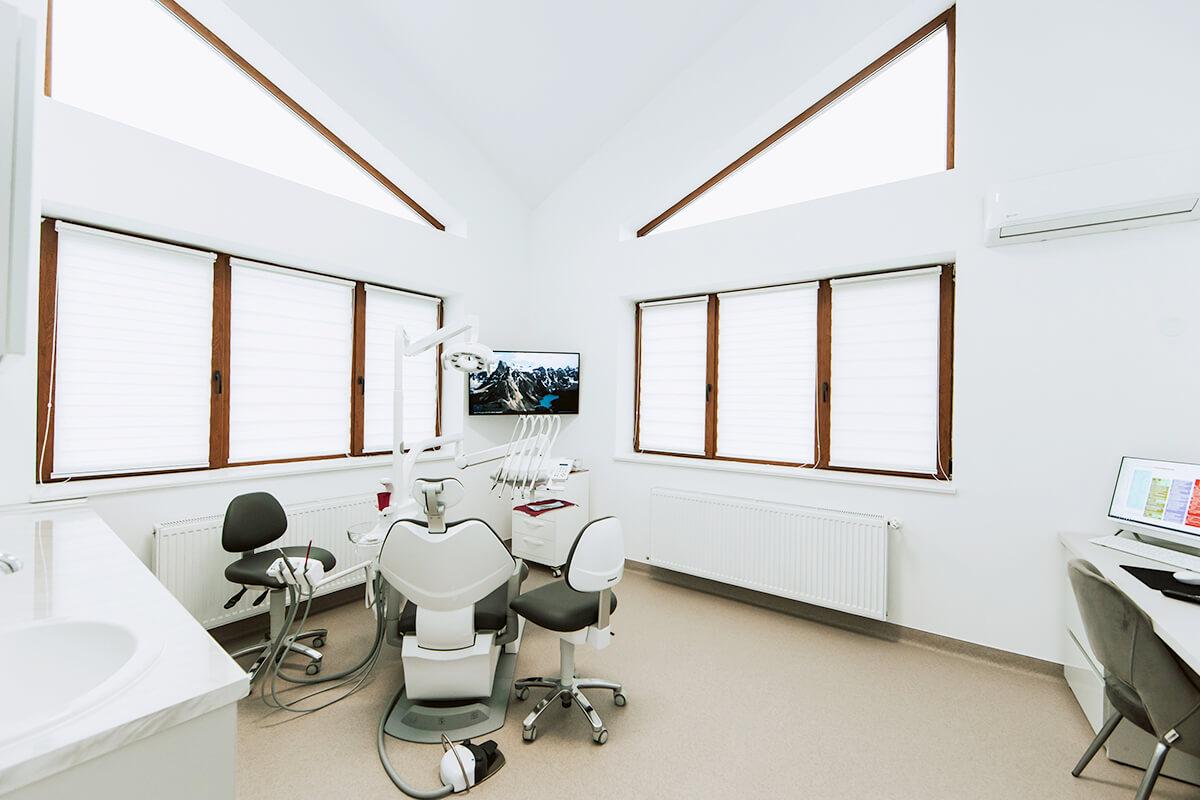 RaDent Center Sigmir - cabinet stomatologic etaj